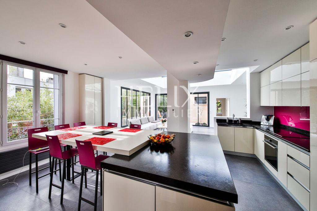 Maison Saint Germain En Laye 8 pièce(s) 170 m2