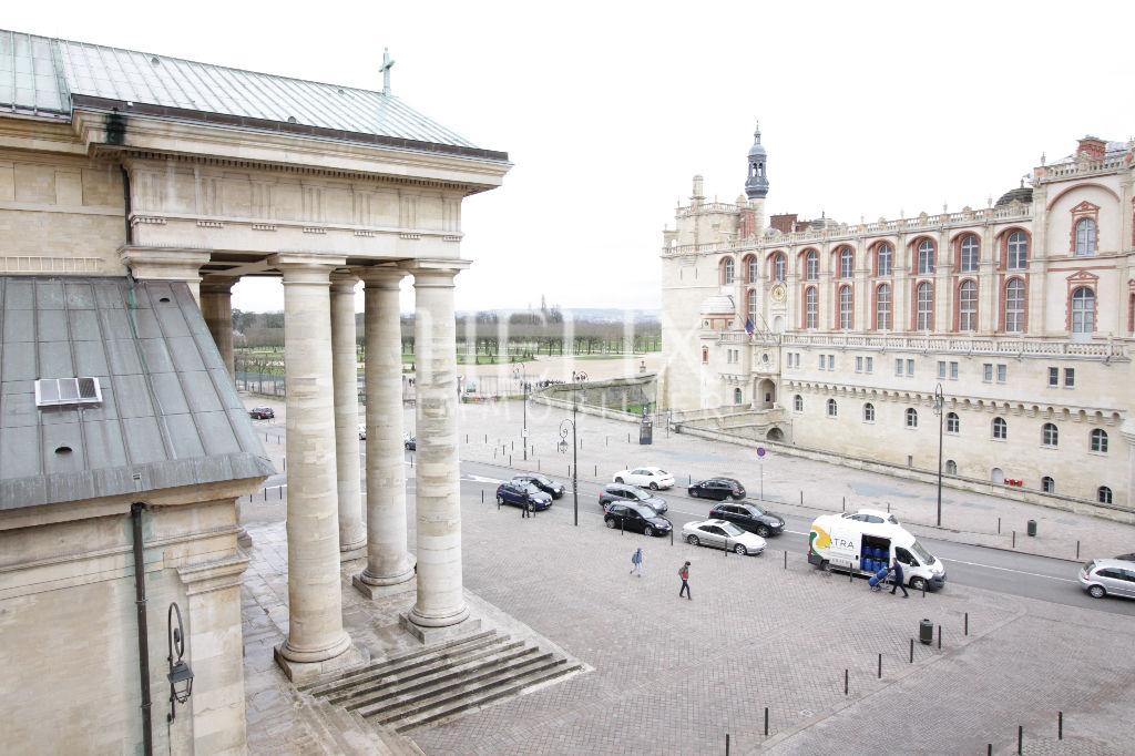 Face au château de Saint Germain en Laye appartement avec 2 chambres