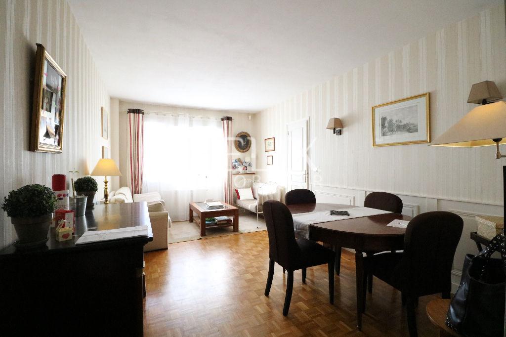 Appartement Le Vesinet 5 pièces 92.45 m2