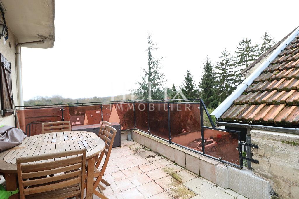 Le Mesnil Le Roi - Appartement duplex 2 pièces avec terrasse