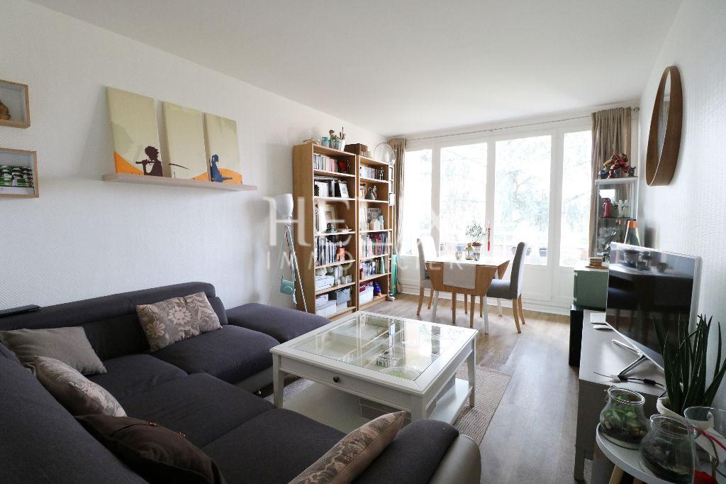 Chatou - Appartement 2 pièces de 43 M² avec balcon
