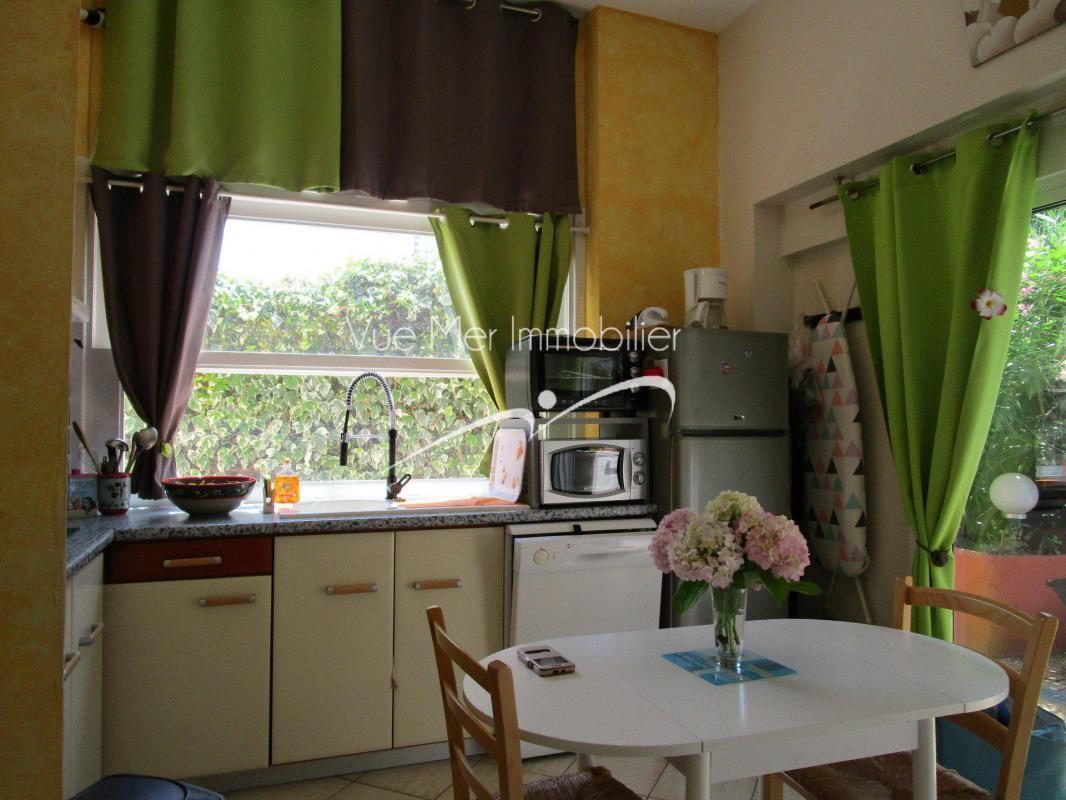 Appartement T1 dans copropriété  Le Lavandou
