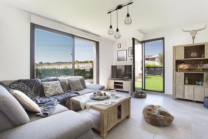 maison t3 jardin garage t3 aix en provence figui re habitat. Black Bedroom Furniture Sets. Home Design Ideas